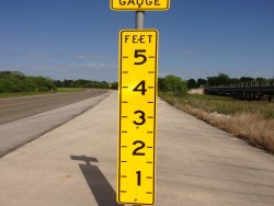 roadway flood gauge