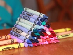 crayon pyramid